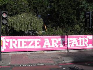 En este momento estás viendo FRIEZE ART FAIR, la feria de arte contemporáneo londinense.