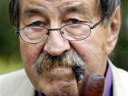 """Lee más sobre el artículo """"Lo que hay que decir"""", Günter Grass. (Alemán y castellano)"""
